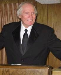 Fred_Phelps_on_his_pulpit